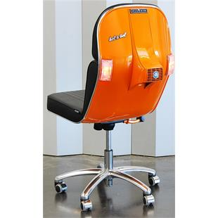 Product image for 'Swivel Chair legshield VespaTitle'