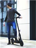 """Imagen del producto para 'E-Scooter """"BACK TO SCHOOL"""" Bundle TRITTBRETT Kalle con puños VANS (rosa) y Masterlock StreetcuffTitle'"""