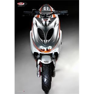 "Image du produit 'Affiche SIP ""N8RO RACER PROJECT FRONTVIEW"" SCOOTER'"