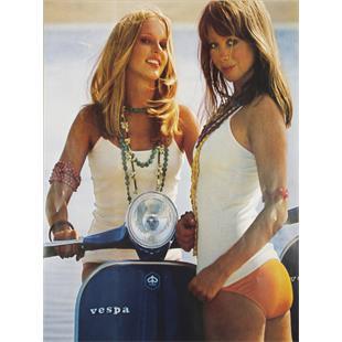 Zdjęcie produktu dla 'Poster Rally, niebieski 2 dziewczynyTitle'